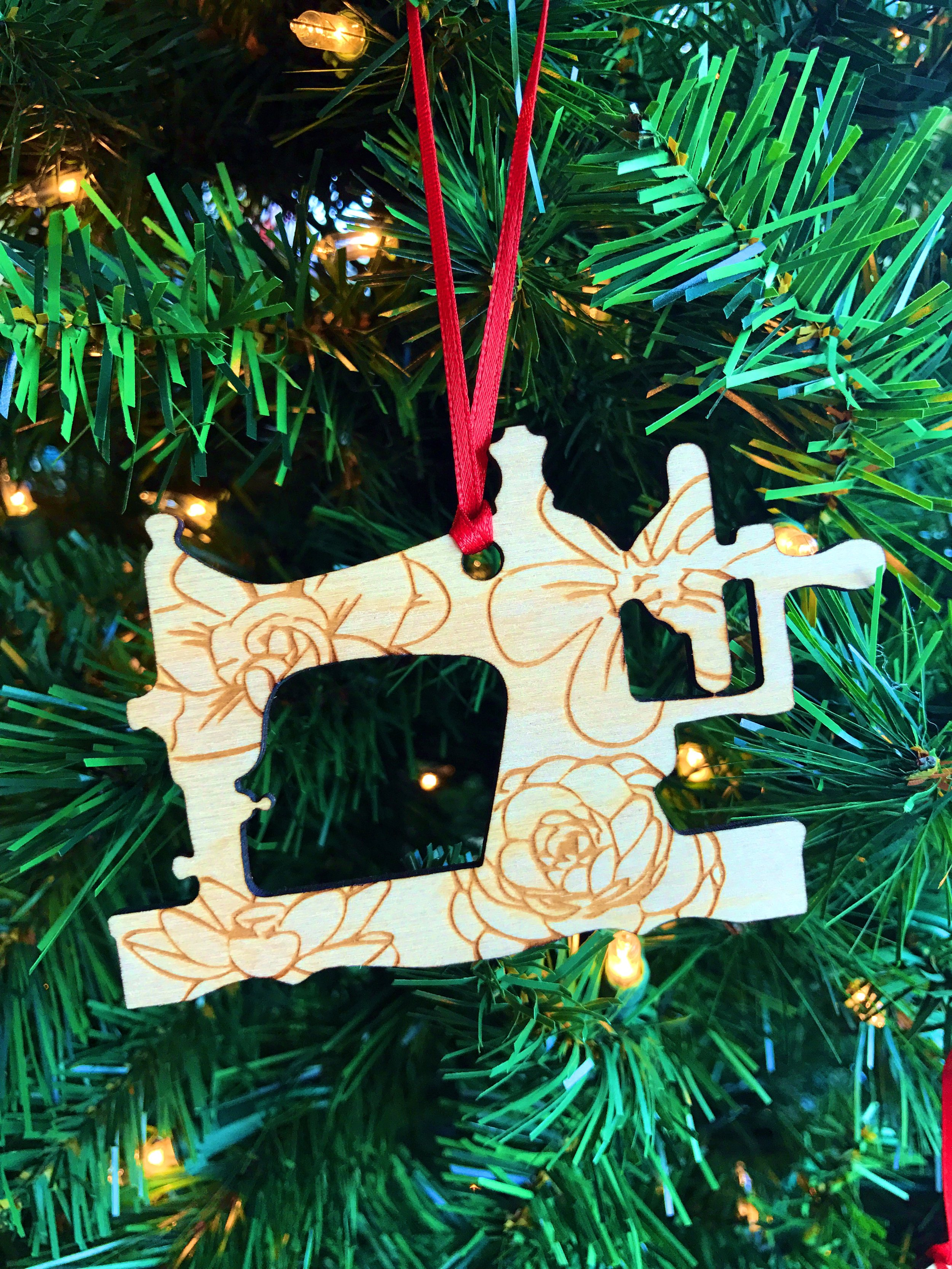 Sewing Machine WOODEN ORNAMENT