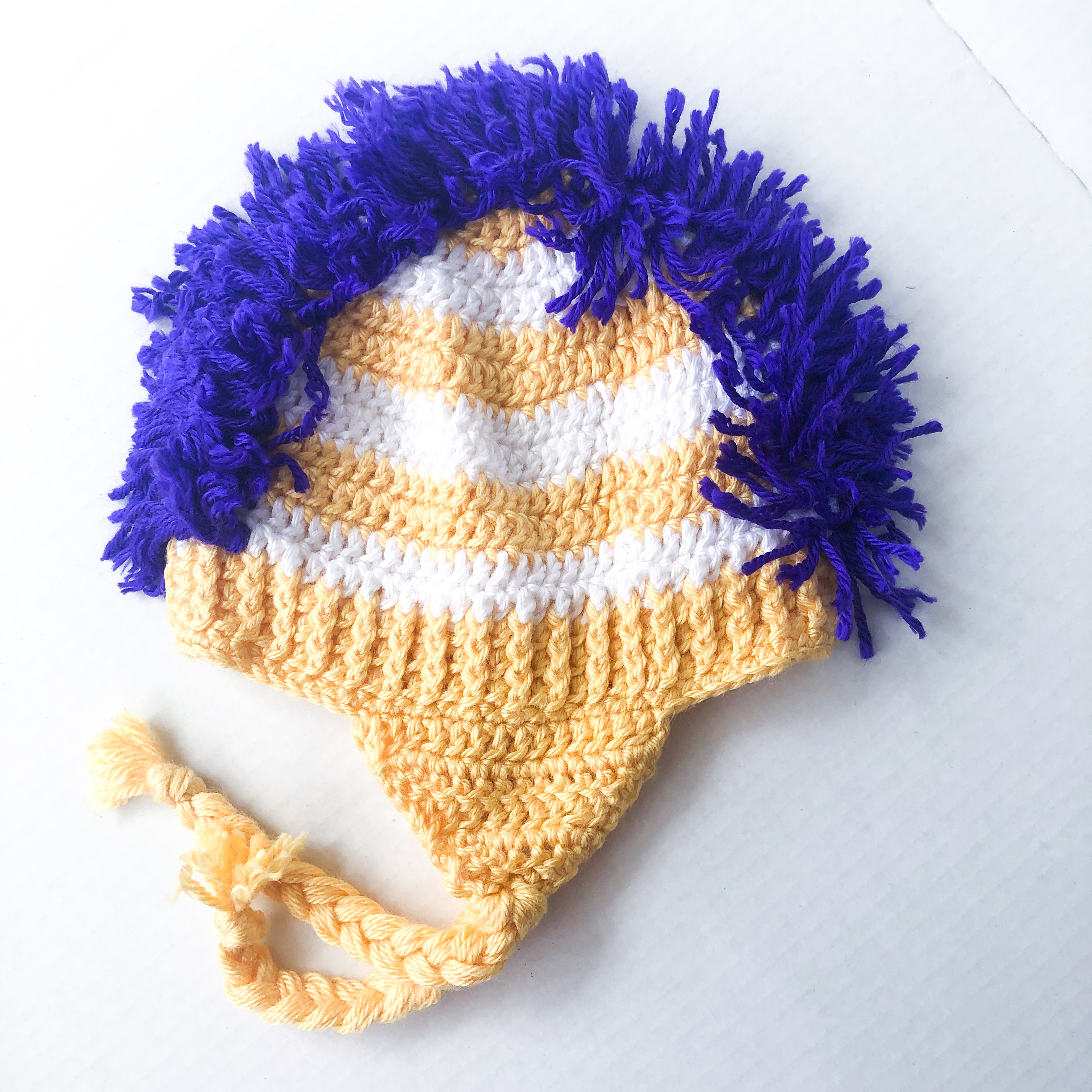 Toddler Sized Yellow + White Mohawk Hat – Spring Cleaning Sale