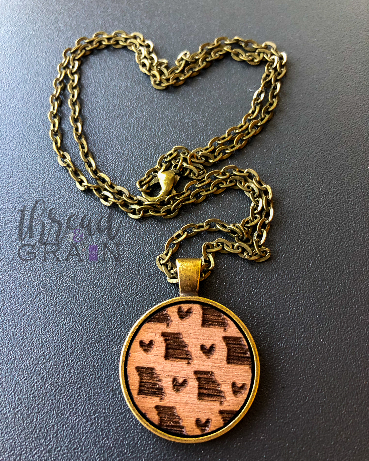Missouri :: Laser Engraved, Wooden, Disc-Mounted Necklace
