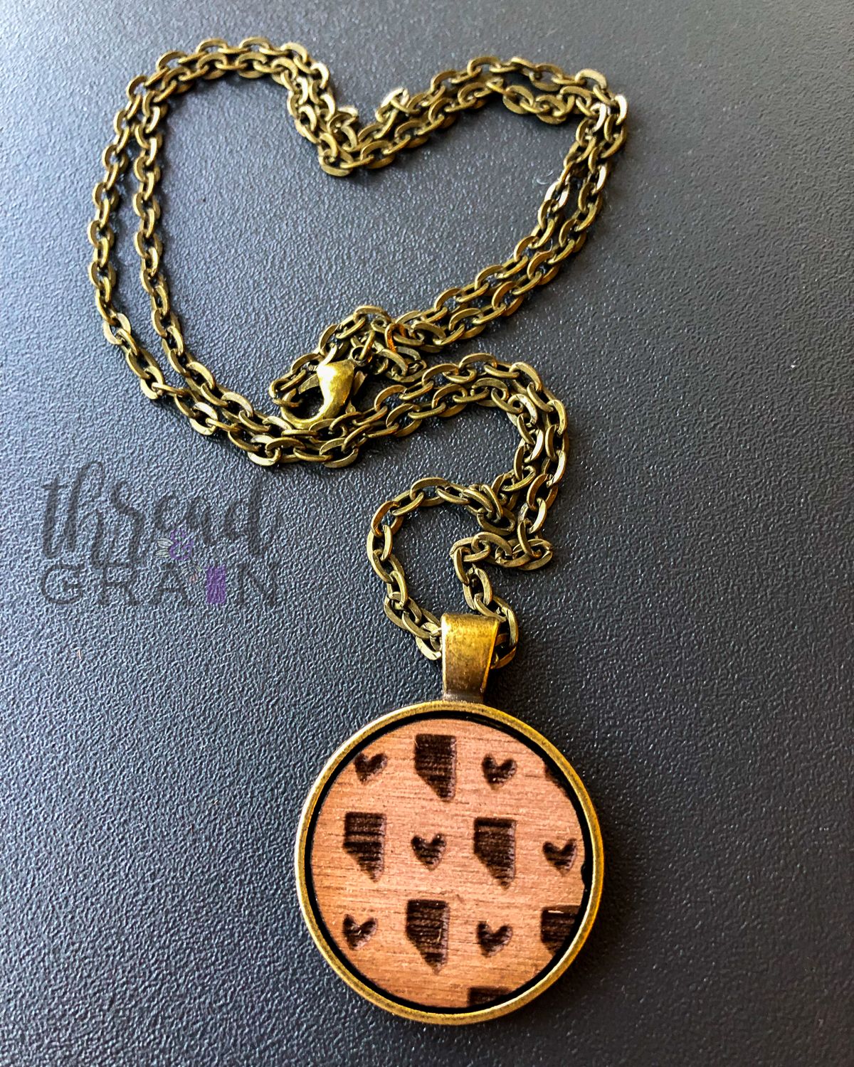 Nevada :: Laser Engraved, Wooden, Disc-Mounted Necklace