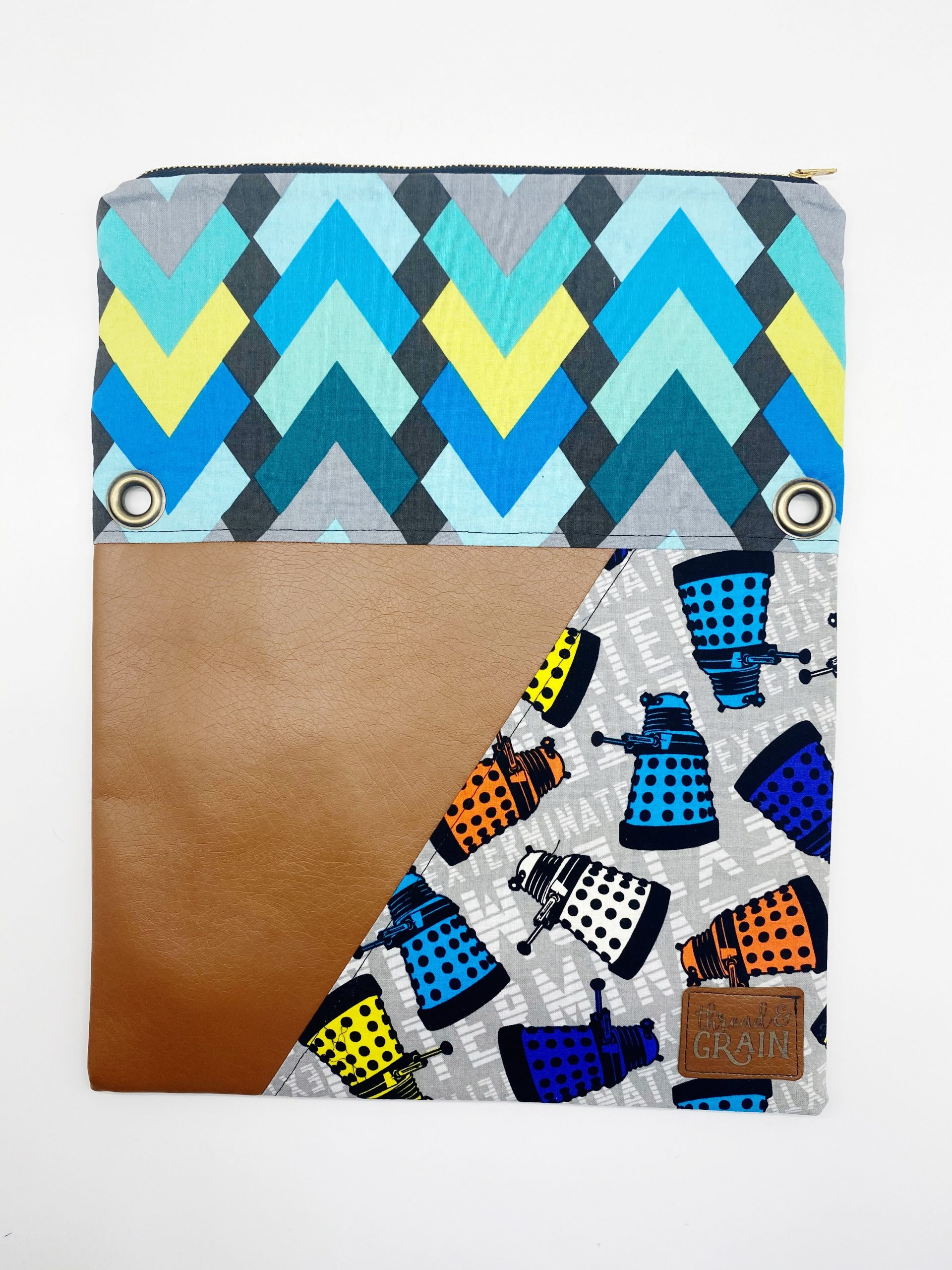 Evelyn Fold-Over Clutch :: Dr. Who